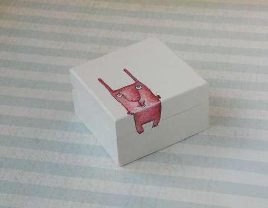 išpieštos medinės dėžutės