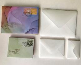 Mažų atvirukų su vokais rinkinys